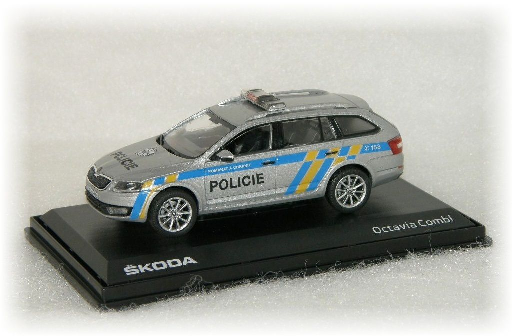 "Škoda Octavia III Combi POLICIE ČR ""2013"" Abrex"