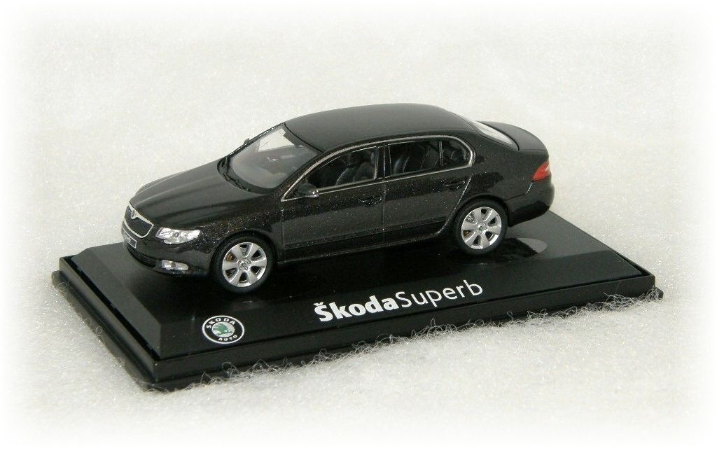 "Škoda Superb II ""2008"" Abrex"